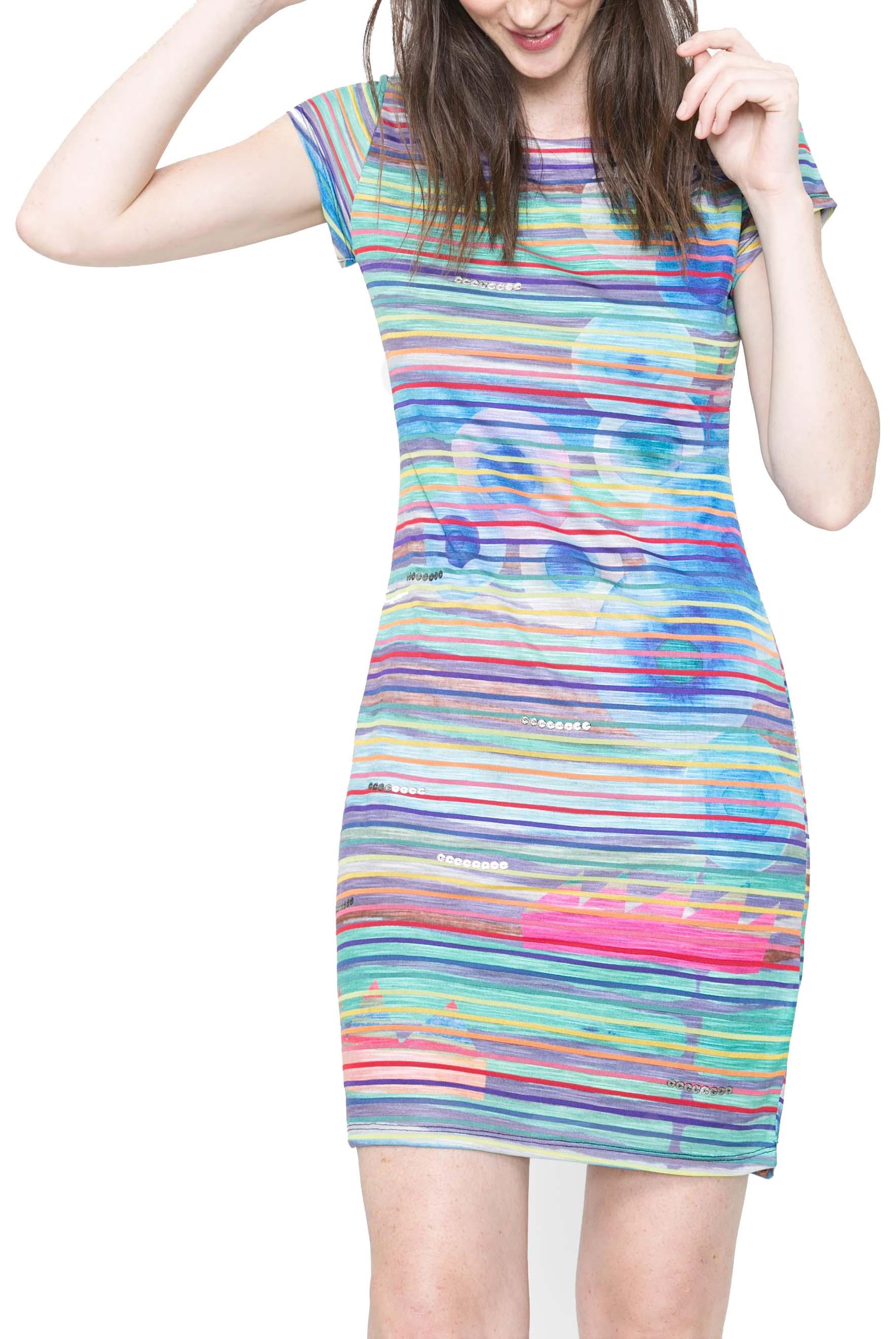 Buďte nepřehlédnutelná díky originálním letním šatům  dd82618120